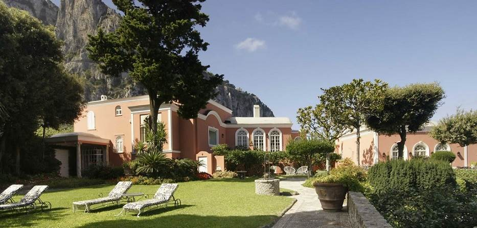 Villa rental capri seafront luxury villa rental capri for Villas in capri